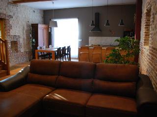 Comfortable Mont-Saint-Eloi Gite rental with Dishwasher - Mont-Saint-Eloi vacation rentals