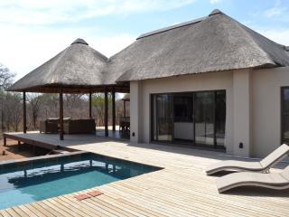 Comfortable 3 bedroom Villa in Hoedspruit - Hoedspruit vacation rentals