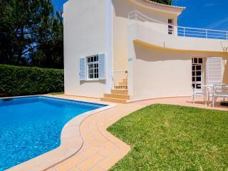 Lovely 3 bedroom Villa in Vale do Lobo - Vale do Lobo vacation rentals