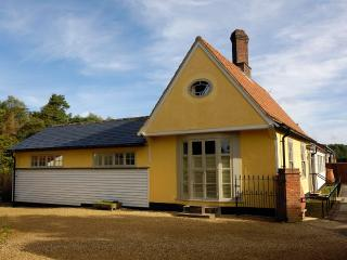 Bright 4 bedroom House in Clare with Internet Access - Clare vacation rentals