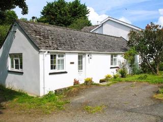 STONEYFORD COTTAGE, woodburner, WiFi, child-friendly cottage near Narberth - Narberth vacation rentals