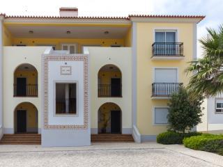 Sea view 2 bedroom apartment - Obidos vacation rentals