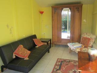 1 bedroom Gite with Washing Machine in Tinchebray - Tinchebray vacation rentals