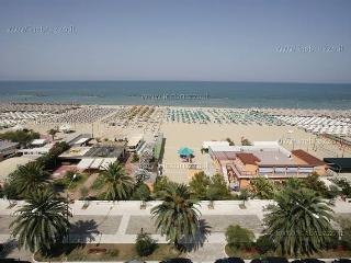 ELEGANT APARTMENT PESCARA DOWNTOWN - Pescara vacation rentals