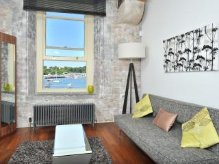 Drakes Wharf (6) One bed sea views 2-4p - Plymouth vacation rentals