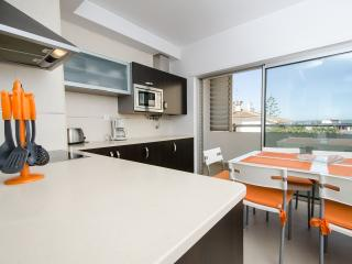 T2 Rocha - Praia da Rocha vacation rentals
