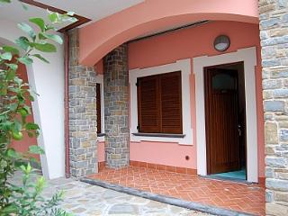 Charming 1 bedroom Acciaroli House with Deck - Acciaroli vacation rentals