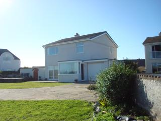 Cozy 3 bedroom Vacation Rental in Rhosneigr - Rhosneigr vacation rentals