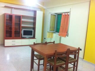 Appartamento arredato Crotone! - Crotone vacation rentals