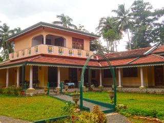 Perfect 3 bedroom Villa in Waikkal with Internet Access - Waikkal vacation rentals