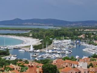 Sardegna - Graziosi bilocali a Porto Ottiolu - Ottiolu vacation rentals