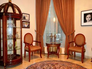 Lovely Guest house with Internet Access and Shared Outdoor Pool - Jakarta vacation rentals