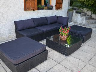 Nice House with Internet Access and Dishwasher - Grenoble vacation rentals