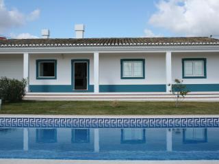 Cozy 3 bedroom Beja Townhouse with Television - Beja vacation rentals