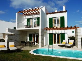 Villa Mimosa,  Vila Verde. - Santa Maria vacation rentals