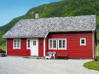 Beautiful House with Internet Access and Boat Available - Haugesund vacation rentals