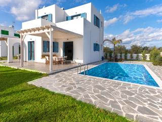 2 bedroom Villa with Internet Access in Kalathos - Kalathos vacation rentals