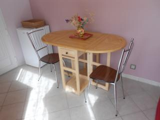 Cozy Angouleme Studio rental with Internet Access - Angouleme vacation rentals