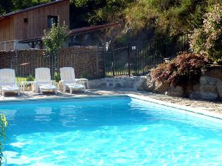 Cozy 2 bedroom Gite in Montferrer with Internet Access - Montferrer vacation rentals
