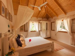 Petit Payot Beach Hut - Praslin Island vacation rentals