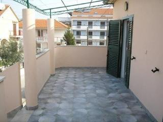 Bright 2 bedroom Apartment in Drage - Drage vacation rentals