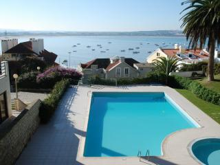 Palm-Tree (By rental-retreats) - Sao Martinho do Porto vacation rentals
