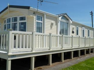 Blue Anchor Bay near Minehead - Static Caravan - Minehead vacation rentals