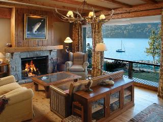 On the Lake 4 bedroom with Indoor BBQ (HV2) - San Carlos de Bariloche vacation rentals