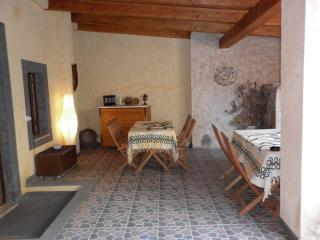 Lovely Bed and Breakfast in Narbolia with Television, sleeps 7 - Narbolia vacation rentals