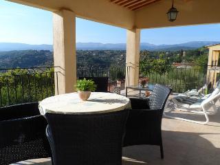 Magnifique appartement de luxe en Provence - Montauroux vacation rentals