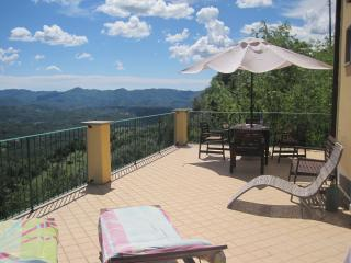 Wonderful House with Satellite Or Cable TV and Hot Tub - Fivizzano vacation rentals