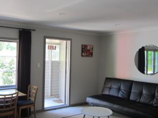 1 bedroom Cottage with Internet Access in Napier - Napier vacation rentals