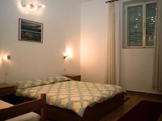 Apartments Nina 1 - Split vacation rentals