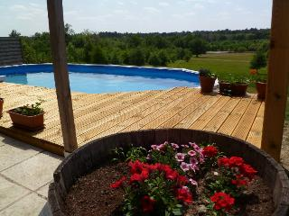 Charming 3 bedroom Cottage in Riberac - Riberac vacation rentals
