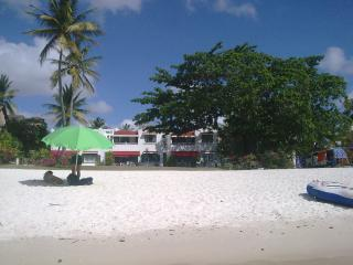 LA FELICITA , MAURITIUS HOLIDAY FRONT BEACH APPT - Trou aux Biches vacation rentals