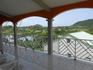 appt large terrace view stANNE - Martinique vacation rentals