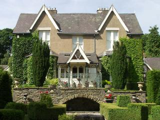 Lovely Cottage with Internet Access and Television - Corwen vacation rentals