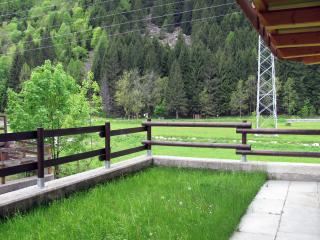 Cozy 2 bedroom Apartment in Sondrio - Sondrio vacation rentals