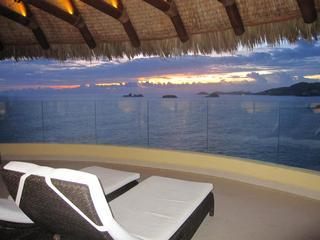 balcony with ocean view - Palmetto Ixtapa Luxury Condos - Ixtapa - rentals