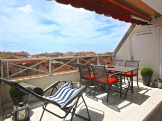 Le Donatello: Bright and stylish top floor holiday - Nice vacation rentals