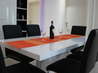 Modern House near sea in Trogir Area - Mastrinka vacation rentals