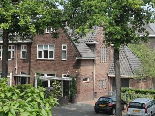 Bed & Breakfast Heyendaal 43 - Nijmegen vacation rentals