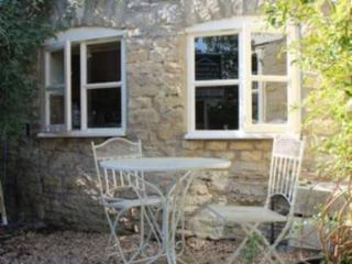 Lovely 2 bedroom Stow-on-the-Wold Cottage with Television - Stow-on-the-Wold vacation rentals