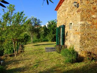 2 bedroom Cottage with Internet Access in Tomar - Tomar vacation rentals