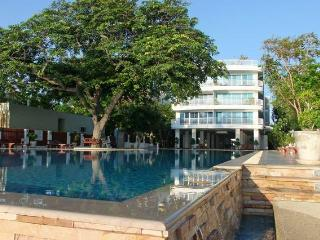Modern 2 bed apartment South Hua Hin Thailand - Hua Hin vacation rentals