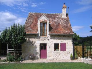Chene cottage, Les Limornieres - Le Grand-Pressigny vacation rentals