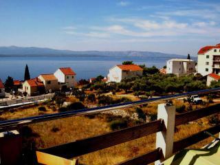 Luxury apartment sea view A2+2 - Brac vacation rentals