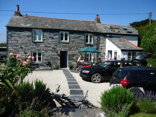 Perfect 4 bedroom Padstow Cottage with Internet Access - Padstow vacation rentals