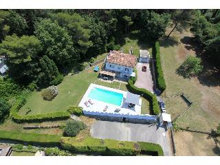 Gorgeous Bungalow with Internet Access and Dishwasher - Mougins vacation rentals