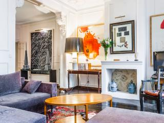 Plaza Mayor aristocratic apart - Madrid vacation rentals